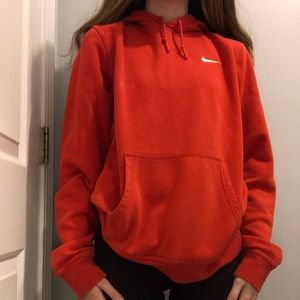 Nike sweatshirt size small would fit a medium too
